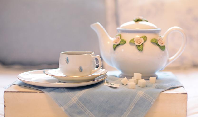 TEA DOESN'T NEED SUGAR TO TASTE GOOD